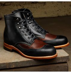 This are two-tone: Men's Addison 1000 Mile Two-Tone Wingtip Boot - W05922 - Vintage Boots