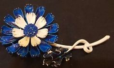 Vintage Signed ART Enameled Flower Brooch or Pin jv