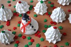 Fashion Gourmet: Christmas baking week - Meringue trees and snowmen