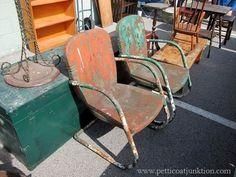 Fantastic Pair Of 1930's Art Deco Style Vintage Lawn Chairs 127 Yard Sale, Metal Vintage, Nashville Flea Market, Metal Lawn Chairs, Lawn Furniture, Petticoats, Art Deco Fashion, Gothic Fashion, Vintage Chairs