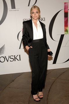 Ashley Olsen attends the 2008 CFDA Fashion Awards at The New York Public Library on June 2, 2008 in New York City wearing a suit by her label, The Row. WireImage  - ELLE.com