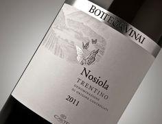 Packaging of the World: Creative Package Design Archive and Gallery: Bottega Vinai  wine / vinho / vino mxm