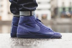 Rich navy blue suede on the popular model.