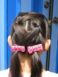 Looks cool, yet simple! Haircut Styles For Women, Short Haircut Styles, Best Short Haircuts, Hair Styles, Fancy Ponytail, Little Girl Hairdos, Girl Hair Dos, Kid Hair, Hairstyles For School