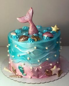 Migles, what wonderful cake is this on? Look at these chocolate details Mig . Migles, what a wonderful cake is this in? Look at these chocolate details 💗😍💜 Little Mermaid Cakes, Mermaid Birthday Cakes, Little Mermaid Birthday, Birthday Cake Girls, Mermaid Cupcakes, 5th Birthday, Sirenita Cake, Ocean Cakes, Cute Desserts