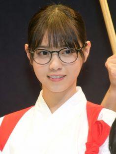 乃木坂46・西野七瀬、天然っぷりを発揮し照れ笑い | ORICON NEWS