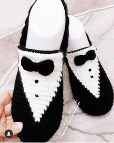Most Popular Booties Knitting Models Sneakers Mode, Sneakers Fashion, Fashion Shoes, Fashion Fashion, Fashion Dresses, Fashion Jewelry, Ballet Shoes, Shoes Sandals, Fashionable Hostess