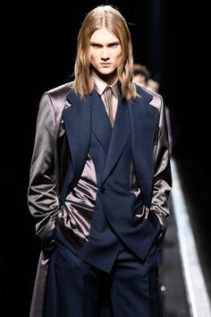 The World's Fashion Business News Christian Dior Homme, Business News, Business Fashion, Satin, Men, Dresses, Vestidos, Elastic Satin, Guys