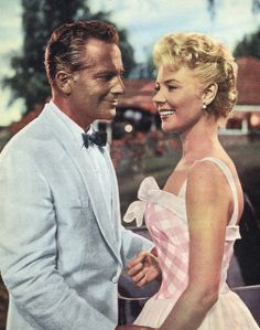 Mitzi Gaynor in her pretty pink dress in South Pacific with Rossano Brazzi. #MitziGaynor #RossanoBrazzi #SouthPacific