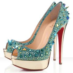 Christian Louboutin So Kate Pumps- cant go wrong 👌