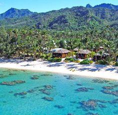 Cook Islands: Rarotonga beach bungalows