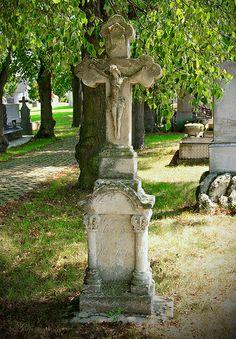 Churchyard - Rabatottos, Hungary