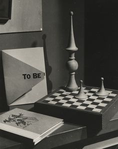 "© Man Ray (aka Emmanuel Radnitzky), 1948, Permanent Attraction ""To be or not to be - that is the question …"" ― William Shakespeare Thanks to shihlun!"