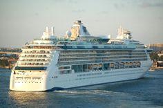 Serenade of the Seas (Royal Caribbean International | Cruise Lines | Cruzeiros)