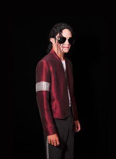 The Michael Jacksons' Representer Featured in Esquire Magazine | www.TheMichaelJacksons.com