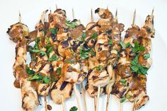 Kyllingspyd Satay med peanøttsaus | Millas Mat Stuffed Mushrooms, Vegetables, Cooking, Food, Stuff Mushrooms, Kitchen, Essen, Vegetable Recipes, Meals