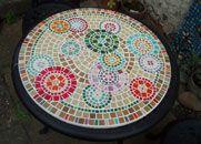 Geometric circles - Funky mosaic table top