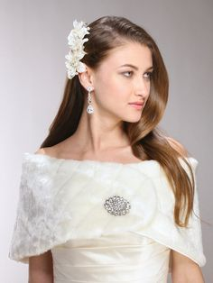 Pelted Faux Fur Bridal or Bridesmaid Vintage Wedding Wrap - Ivory