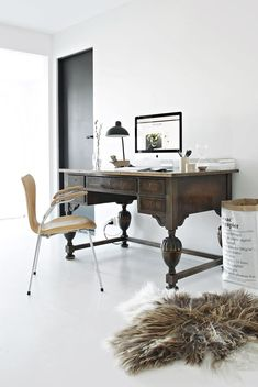 Home office with functional and timeless designed lightings