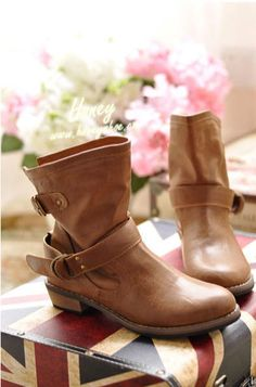 1e08ab2685a2 2013 women's spring and autumn shoes single boots fashion vintage flat  martin boots female boots motorcycle boots leather fro.