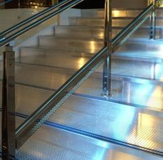 Aluminium stair with LED