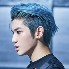 """blue hair taeyong is so powerful cr."