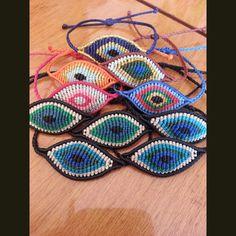 Macrame leaf bracelets