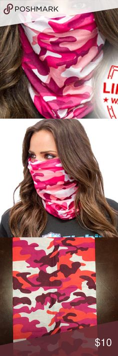Salt Armour Pink Camo Face Shield Balaclava Mask SA Co. Face Shield™ tubular bandanas offer style and sun protection without weighing you down.   PRODUCT SPECIFICATIONS: Soft, Breathable 100% Polyester Microfiber 100% Seamless 10+ Ways to Wear Repels Moisture SPF40 Stain Resistant Odor Control Protects Against Wind Helps Maintain Hydration Quick-Drying 2-Way Lateral Stretch Product Dimensions: (approx.) 10.5 x 20.5 inches Weight: 1.3 ounces One Size Fits All Adults Machine Washable Air Dry…