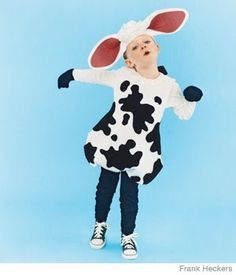 I love this cow costume! It is so easy to make, and so affordable...prefect for my little girl!   It starts with a sw...