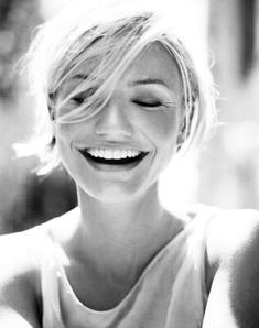 Our fave celebs know how to rock that glam, but one of the best accessories is a great smile. Check out this list of 5 Most Famous Smiles...