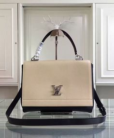 7161b69546a 24 Best luxury purse images