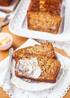 Six-Banana Banana Bread - Recipe at averiecooks.com