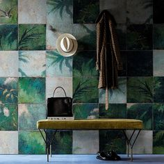 Order online: Exotic Damier - wallpaper in non-woven fibres with a layer of vinyl. The wallpapers are individually scaled according to your wall size.