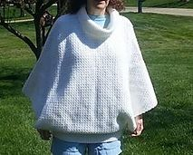 Ravelry: Elegant Swoncho pattern by Holly Pelfrey This is a pay for pattern $4.00