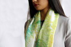 delicata sciarpa leggera e morbida in seta tinta a mano/arashi Shibori, Handmade, Etsy, Shopping, Art, Fashion, Art Background, Moda, Hand Made