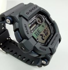 G-Shock Vibe Alarm – Live Casio watch Photos Casio G Shock Watches, Sport Watches, Casio Watch, Watches For Men, Wrist Watches, Patek Philippe, Stylish Watches, Luxury Watches, Devon