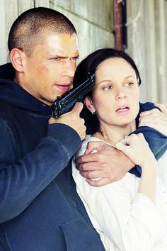 prison break michael and sara relationship questions