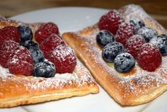 Gudrun's daily kitchen - ein Foodblog: Obsttaschen Homemade Desserts, Homemade Food, Gudrun, Star Cookies, Cookie Recipes, French Toast, Soup, Breakfast, Ethnic Recipes