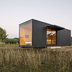 MAPA of Brazil and Uruguay has built a prefabricated modular home and transported it by lorry to a picturesque spot in the countryside outside Porto Alegre.