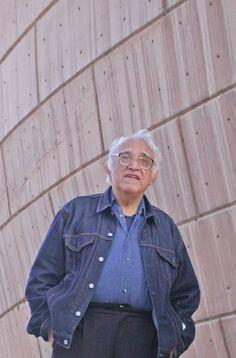 Hoy se cumple un aniversario más del nacimiento de Carlos Monsiváis (4 de mayo 1938 - 19 de junio 2010).