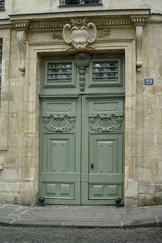 Quai de Bourbon, Paris - France