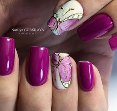 Unique Christmas Nail Art Ideas and Designs Nail Art Designs, Elegant Nail Designs, Fingernail Designs, Beautiful Nail Designs, Gel Nail Art, Nail Art Diy, Cute Nails, Pretty Nails, Butterfly Nail Art