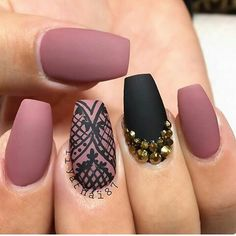 15 Perfectly Polished Rose Pink Nails To Rock This Season - Pepino Nail Art Fabulous Nails, Gorgeous Nails, Pretty Nails, Amazing Nails, Perfect Nails, Lace Nail Art, Lace Nails, Nail Art Rose, Lace Nail Design