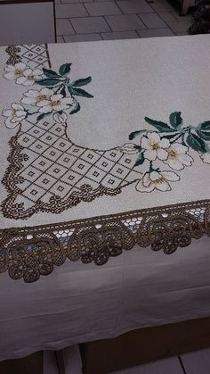 Brother Innovis, String Art, Cross Stitching, Diy And Crafts, Elsa, Tapestry, Embroidery, Quilts, Crochet