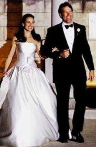 Andie MacDowell and Rhett Hartzog #celebstylewed #celebrity #famous #weddings
