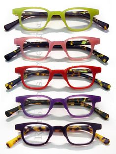 2759f5dde88 Little colorful square reading glasses in an acetate frame with