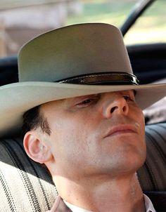 'I Saw the Light': Tom Hiddleston sings in first clip from Shreveport-shot Hank…