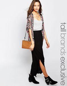 Falda larga con plisado en la parte delantera de New Look Tall