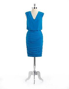 *new dress to wear to a wedding...def flatters le bum :p*