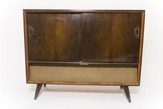 Grundig Vintage Stereo Console @flea_pop This stunning, circa 1950's, German made, stereo console makes for a gorgeous display piece and is guaranteed to turn heads.